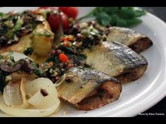 Sardinhas assadas com batatas aos murros