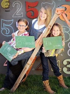 Back to School photo idea ... I really like all the numbers in the background