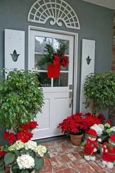 christmas-decor-plants