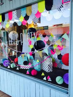 My interview with Little Paper Lane's Jayde Leeder uncovers the process of putting together the store's front window. A must-read for merchandising lovers. window display at Little Paper Lane www.littlepaperlane.com.au via The life creative