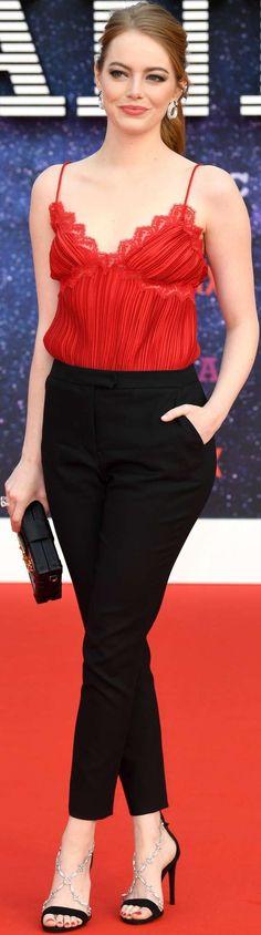 Actress Emma Stone, Superbad, Diane Keaton, Black White Red, Celebs, Celebrities, Red Carpet Fashion, American Actress, Diaries