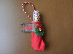 Add a extra little something special to your Christmas tree with mini Christmas stockings! Perfect for surprising the kids and loved ones with