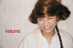 hair & make:visuna(荒木幸仁、角野ますみ、フミオ、椰木美智子、吉見彩) photo:大久保景 It Works, Nailed It