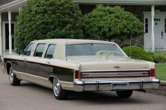 1979 Lincoln Continental Armbruster/Stageway Silverhawk stretch Limousine
