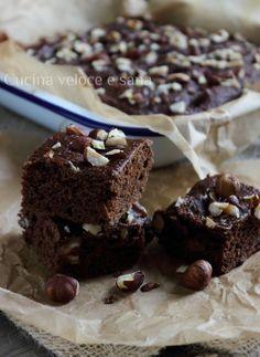 Brownies con avocado e nocciole | Cucina veloce e sana