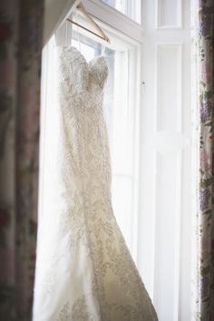 A Picture Perfect Wedding At Capesthorne Hall