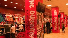 One Direction Pop-Up Shop at Christmas!