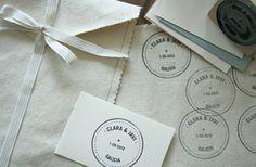 Clara by anouk bazaar Fabric Envelope, Hobbies And Crafts, Design Crafts, Diy Cards, Packaging, Stamp, Envelopes, Gifts, Handmade