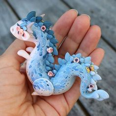 Fantastic No Cost Polymer clay crafts fantasy Thoughts Update *ended!* In case you missed the first post, there's one hour to go on the Dream Dragon auc Polymer Clay Kunst, Polymer Clay Dragon, Polymer Clay Figures, Polymer Clay Sculptures, Polymer Clay Animals, Polymer Clay Projects, Polymer Clay Charms, Polymer Clay Creations, Sculpture Clay