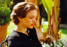 Natalie Portman Will Never Grow Up - Celebrities Female Natalie Portman Short Hair, Natalie Portman Young, Short Grunge Hair, Short Hair Cuts, Cut My Hair, New Hair, Hair Inspo, Hair Inspiration, Mathilda Lando