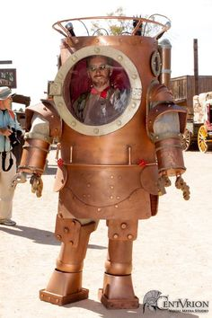 This nifty steampunk diving suit comes to us from the Centurion Visual Media Studio. You have to admire the craftsmanship that went into m. Steampunk Kunst, Style Steampunk, Steampunk Men, Steampunk Design, Victorian Steampunk, Steampunk Costume, Steampunk Clothing, Steampunk Fashion, Diesel Punk