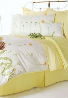 Harmonie by Brunelli is a pretty, nature inspired design in a buttery off-white color with dandelion accents in yellow and green. This lovely bedding pattern is sure to brighten the mood of any bedroom in your home. Bed Sets For Sale, Yellow Bedding, Yellow Bedrooms, Yellow Cottage, Rose Cottage, Toddler Girl Bedding Sets, White Bench, Bed Linen Design, Luxury Bedding Sets