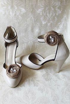 Beige Chiffon Roses Shoe Clips by BizimWedding on Etsy, $12.65
