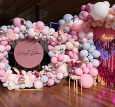Our gorg balloon display at the bridal expo, collabarating with Featuring our new tassle wall and… Balloon Display, Balloon Backdrop, Balloon Wall, Balloon Garland, Balloon Decorations, Balloon Ideas, Balloon Columns, Decoration Party, Baby Girl Shower Themes