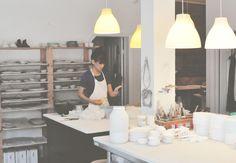 Cityguide Montréal: Maya Ersan, co-fondatrice d'Atelier Make nous parle de céramique, de son studio créatif et des secrets de sa ville d'adoption, Montréal. Maya, Adoption, How To Make, Furniture, Home Decor, Ceramic Studio, Studio, Creative Studio, Atelier