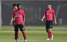 Na China, Paulinho descarta revanche com alemães e não esquece o Timão