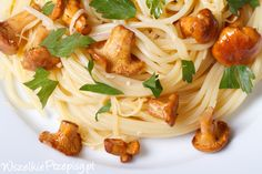 Spaghetti z kurkami - http://www.wszelkieprzepisy.pl/makaron-z-kurkami/spaghetti-z-kurkami #spaghetti #kurki