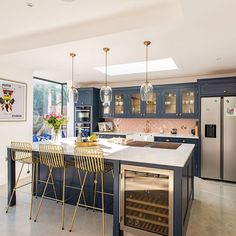 We absolutely loved working with these wonderful clients in East Dulwich on their family kitchen and pantry. They have such fantastic style… Kitchen Diner Designs, Kitchen Room Design, Kitchen Family Rooms, Living Room Kitchen, Home Decor Kitchen, Interior Design Kitchen, New Kitchen, Home Kitchens, Happy Kitchen