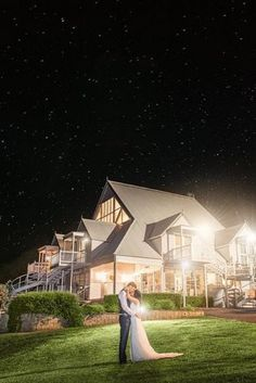 night wedding photos bride and groom near the house tomhallphotography via instagram