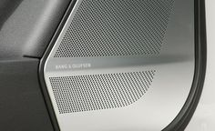 2013 Mercedes-Benz GL63 AMG Bang & Olufsen speaker