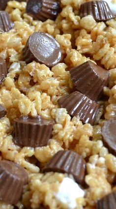 Rice Krispie Treats, Rice Krispies, Cereal Treats, Peanut Butter, Butter Rice, Yummy Snacks, Delicious Desserts, Yummy Food, My Favorite Food