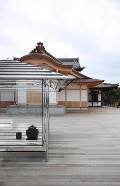 Tokujin Yoshioka installs glass tea house beside an ancient Japanese temple.