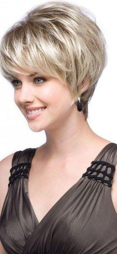 Une jolie coupe courte, mais pour laquelle le coiffeur a gardé un certain volume en