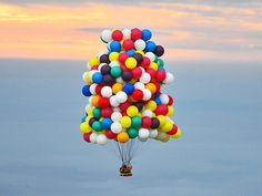 Jonathan Trappe, Balloonist, Lands in Newfoundland