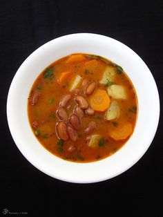 Fazulacka Thai Red Curry, Potatoes, Cooking, Ethnic Recipes, Soups, Indie, Kitchen, Potato, Soup