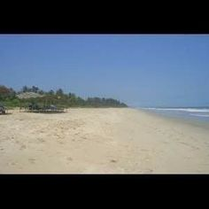 Yet another captivating Beach,  in the long list of Goan Beaches. Majorda Beach is located in South Goa in the Salcete taluka. You can see number of Palm Groves dotting this beach. They look really beautiful, swaying in cool breeze. Its white soft sands are bound to sweep you off your feet. - See more at: http://www.buzzntravel.com/majorda-beach