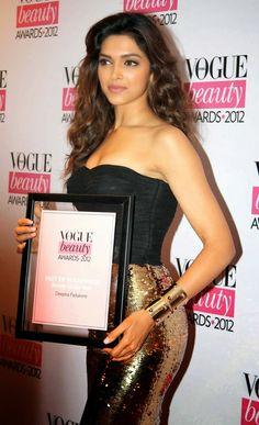the-bollywoodstars: Deepika Crazy Photo