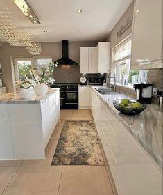 Modern Kitchen Interiors, Home Decor Kitchen, Decoration Design, Deco Design, Design Moderne, Dream Home Design, Home Interior Design, Beautiful Kitchens, Cool Kitchens