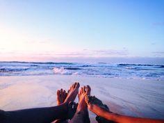 hayleesomahawaii:  Cheers to girlfriends and pristine Hawaii beaches!