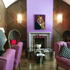 Sachmo's Bar & Library Lounge at Aria Hotel Budapest. A quiet spot by day in the luxury boutique hotel. #ariahotelbudapest #sachmo #budapesttourism #budapestagram #budapest #thecolorpurple