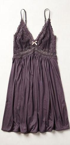 sweet chemise http://rstyle.me/n/v93ran2bn