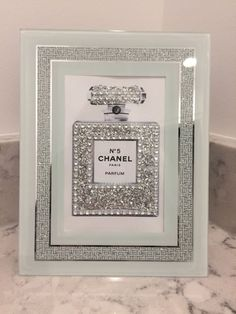 CHANEL no 5 SILVER GLITTER BLING ART PRINT IN GLASS MIRRORED SPARKLY FRAME #POPART