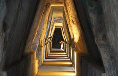 Uno dei luoghi più affascinanti e misteriosi d'Italia. L'antro della Sibilla Cumana lascia nell'anima di chi ci entra un alone di mistero e solennità