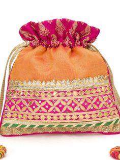 Buy Soulkit Potli RANGEELI POTLI at Jivaana Wedding Accessories, Bag Accessories, Jute Tote Bags, Potli Bags, Crochet Market Bag, Diy Bags Purses, Beaded Clutch, Handmade Bags, Bead Art