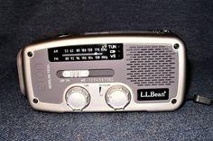 Limited Edition L.L.Bean Eton FR160 Solar Powered Crank Flashlight USB Radio EUC #Etn