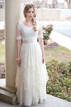 Utah Rental wedding dress. Modest lace boho wedding dress. Gowns ...