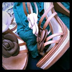 """Kelsi Dagger t-strap, leather heel's Super cute, all leather heels; LIKE NEW CONDITION; 5"""" heel/ 1"""" platform; Have only been worn once, mostly indoor, for a few hours. Looks great with a spring/summer dress or paired with skinny jeans. Bought a couple years ago because I loved the leather flowers, but its time to let them go to a new home because they deserve to get more attention. Kelsi Dagger Shoes Heels"""