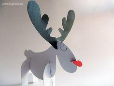 Paper Santa Claus's reindeer by iFiglideiFiori
