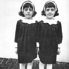 Proof of Life: The Iconic Photography of Diane Arbus Diane Arbus, Most Famous Photographers, Great Photographers, Film Shining, Twin Photos, Interview, Identical Twins, Black And White Photography, Classic Photography