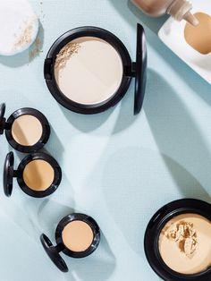 Make-up richtig auftragen und jeden Tag strahlen: Pflege ✓ Color Corrector ✓ Concealer ✓ Foundation-Auswahl: Farbe & Textur ✓ Die besten Tipps gibt's hier »