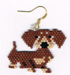 Hand Beaded Brown Dachsund Doxie Dog earrings di beadfairy1