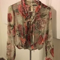 Floral Button Up Crop Top Floral crop top button up. Chiffon material, new, never worn. Tops Blouses