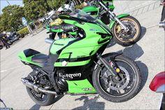 ROAD RIDER Street motorcycle in Japan - Kawasaki Ninja ZX1098R  Ninja250にドカティ1098のカウルを装着!