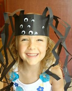 20 Halloween Crafts Kids Can Make Themselves | Spider Headband crafts are great for kids!