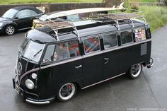 "https://flic.kr/p/9QVvrN | Shawn and Nicola's Aussie 13 window | For the lowdown on their bus check out this thread on the SSVC forum  <a href=""http://www.ssvc.org.uk/phpbb/viewtopic.php?t=6907"" rel=""nofollow"">www.ssvc.org.uk/phpbb/viewtopic.php?t=6907</a>"
