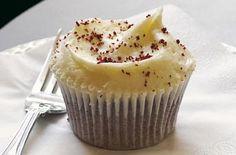 Red velvet cupcakes | Hummingbird Bakery recipe - goodtoknow